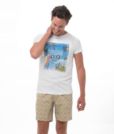 SMIRKING SKY WHITE BE DIFFERENT COLLECTION SHORT SLEEVES T-SHIRT