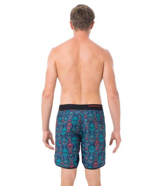 SKULLNAMENT MEDIUM LENGTH BOARDSHORT